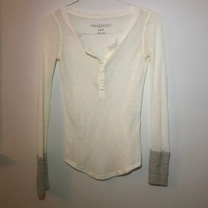 Aeropostale Henley with Sleeve details